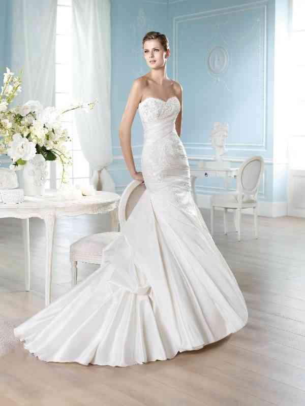 9cc33514da Menyasszonyi ruha HALLER San Patrick