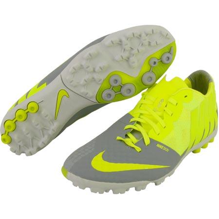 0c3e67068c Nike Bomba Finale II műfű-salak cipő