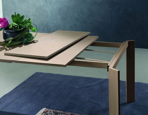 MONDIAL 130 melamin lapos, kihúzható asztal