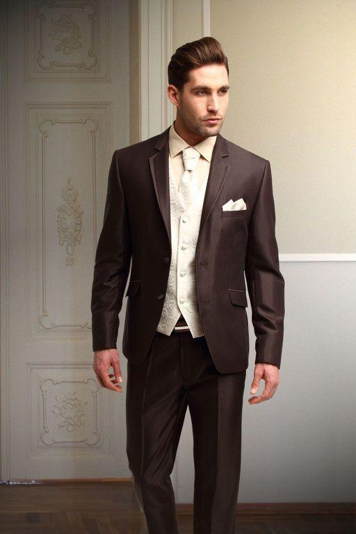 aa66eb3928e8 Super Slim esküvői öltöny