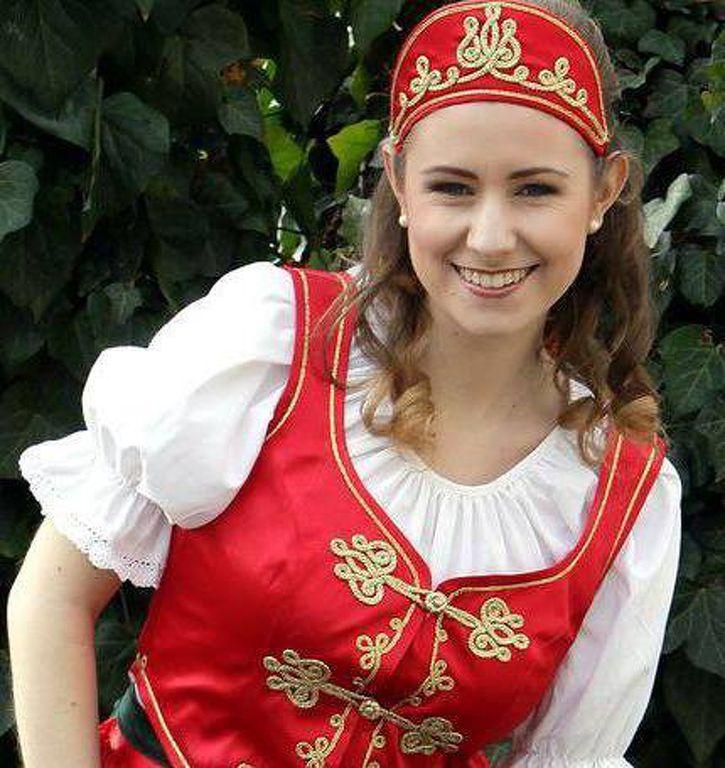 1a19781699 544139_magyar-ruha_csardas-ruha_magyaros-ruhak.jpg ...