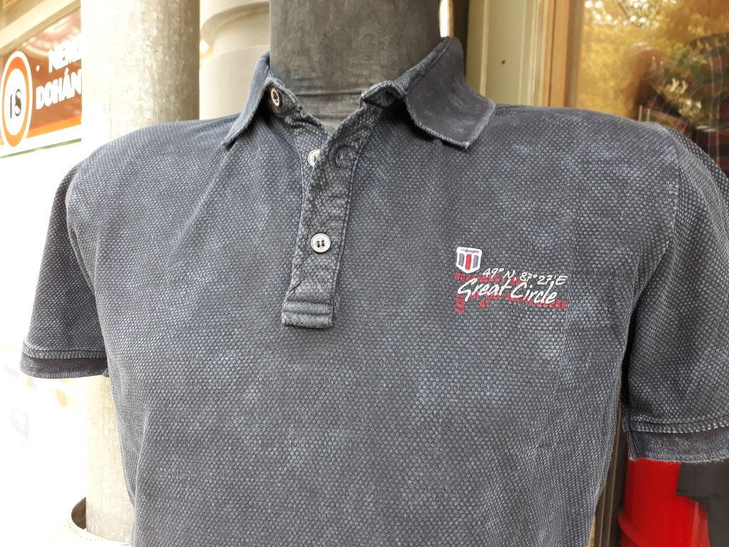 e646aad3e9 Öltöny Férfi ruházat Kecskemét, férfi farmer, zakó, férfi ing, nadrág, póló,  nyakkendő, öv,